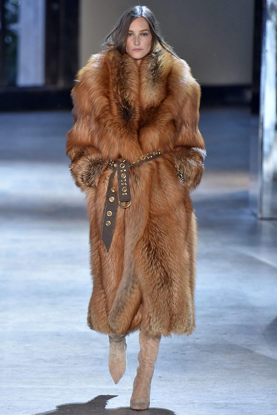 Alexandre Vaulthier Haute Couture Fall Winter 2016 Paris Fur