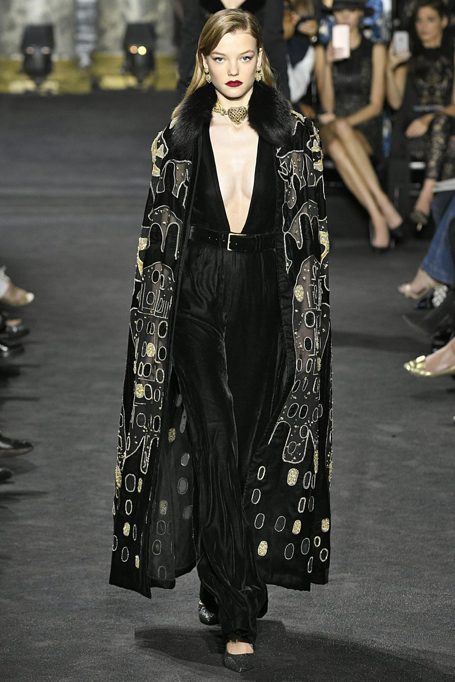 Fur spotlight haute couture paris aw2016 for Haute couture members