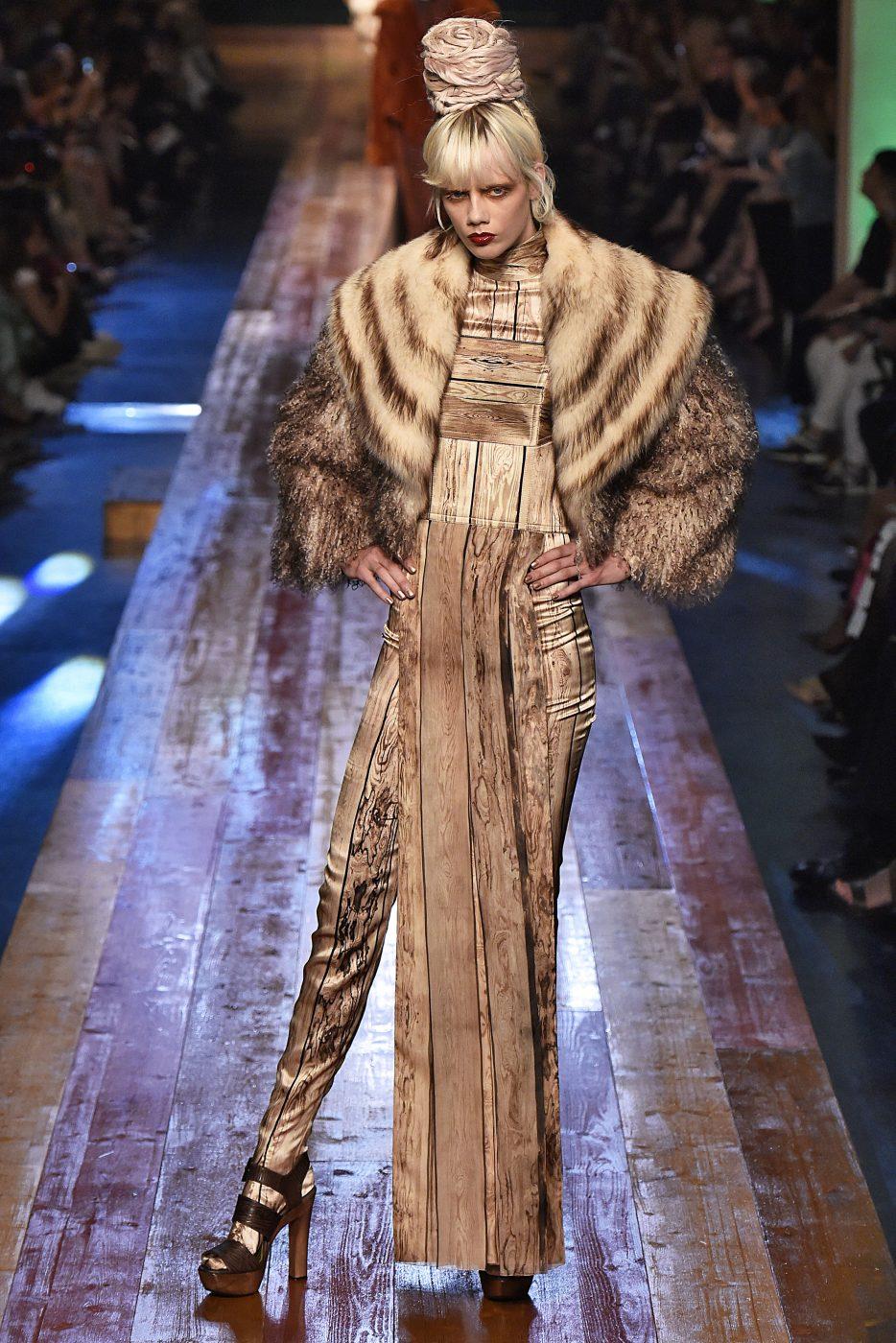 Fur Spotlight Haute Couture Paris Aw2016