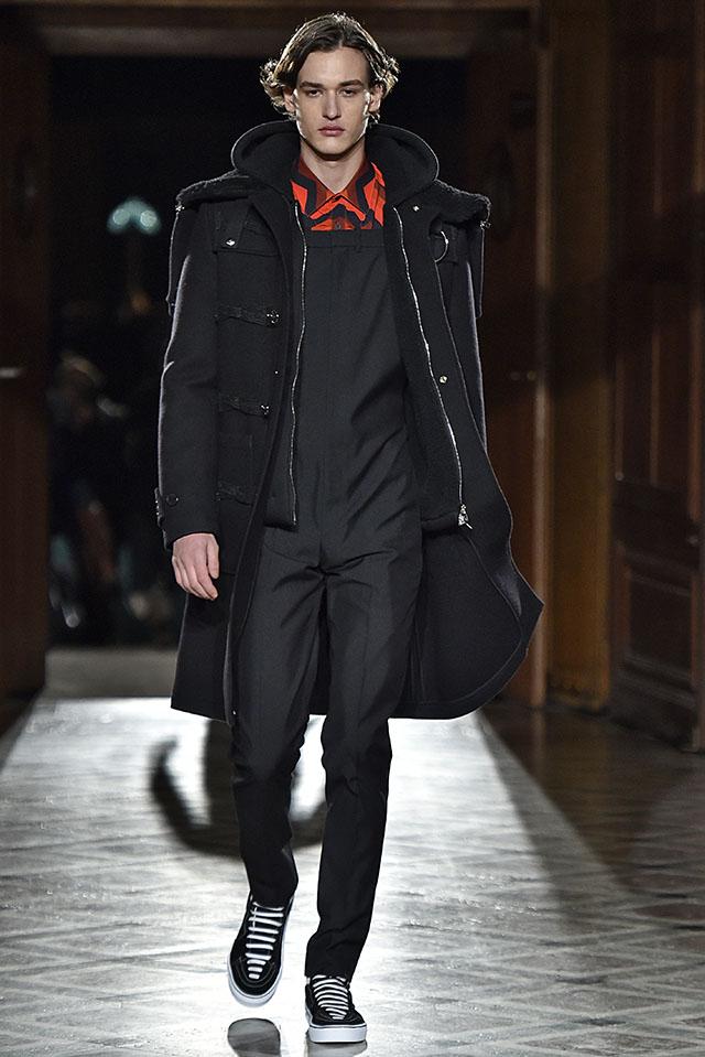 Givenchy Paris Menswear Fall Winter 2017 Shearling Trim
