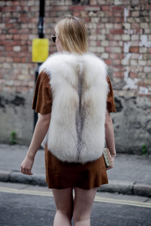"""<strong>Gia Vest<br  /> <a href=""""https://www.instagram.com/rachelzeitlin/"""">@rachelzeitlin </a><br /> <a href=""""https://rachelzeitlin.com/collections/all"""">Shop the fur style here</a></strong> Rachel Z"""