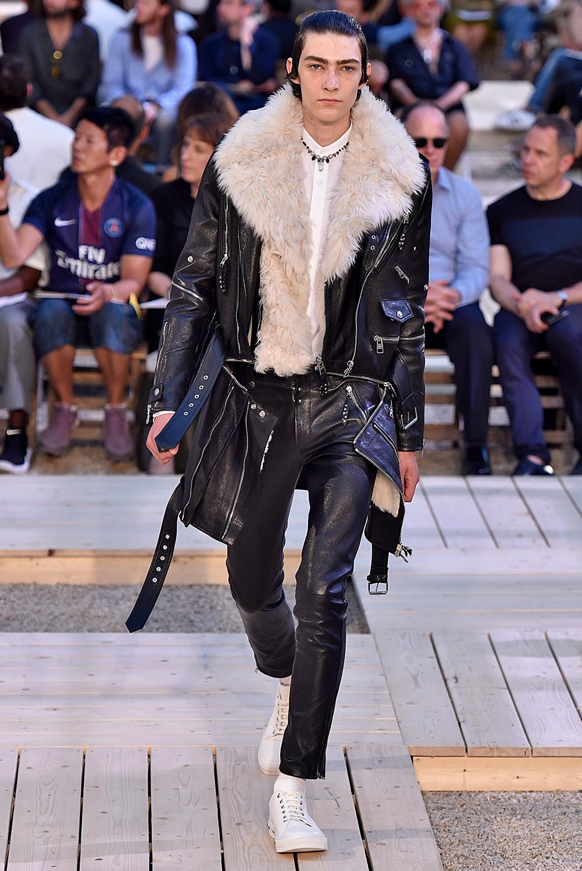 alexander mcqueen, We Are Fur, Catwalk, Fashion Week, Runway, Fur, Fashion, Menswear, Paris